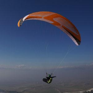 Voile de parapente Orange Appolo 2 de Skyparagliders