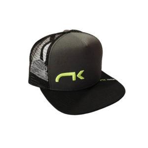 Casquette noire avec filet et logo niviuk