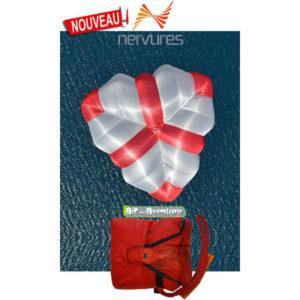 Parachute de Secours triangle rouge et blanc de la marque Nervures