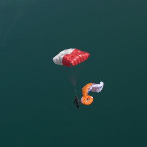 Parachute de Secours blanc et rouge Fluid light de la marque Supair